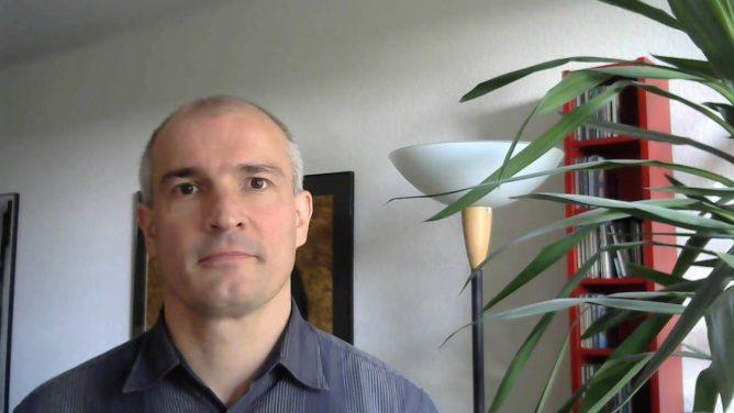 "Video: Buchtipp ""Verkaufen statt Bewerben"""
